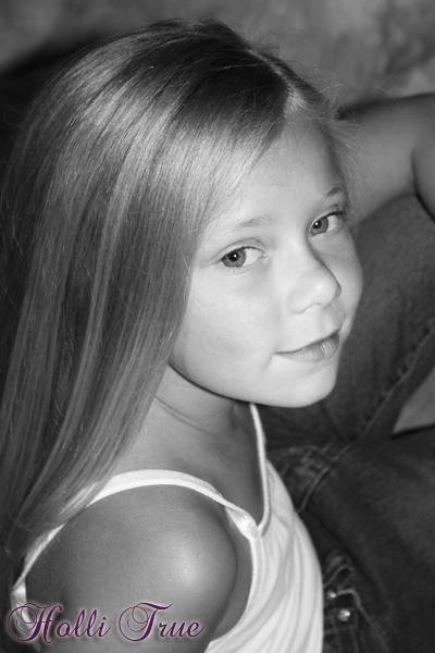 Chloe black &white